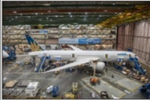 Vietnam Airlines first new Boeing B787-9 Dreamliner completed