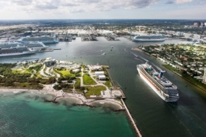 Carnival Corporation signs Port Everglades contract extension