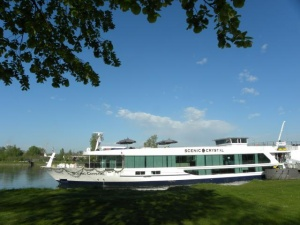 Crystal River Cruises expands new ship order