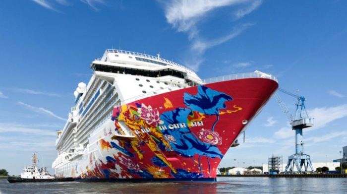 Dream Cruises seeks Singaporean recruits as relaunch nears