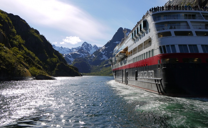 Hurtigruten unveils more detail on Dover sailings