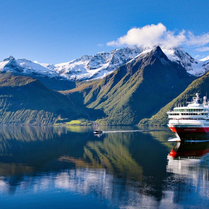 Hurtigruten unveils plans for hybrid powered expedition ships