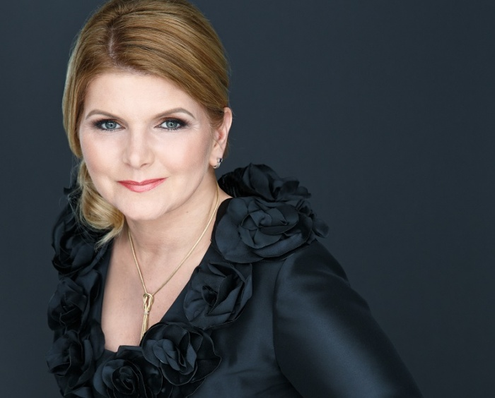 Peller selected as godmother to Crystal Ravel