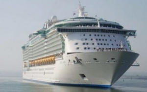 Royal Caribbean sued over accounting error