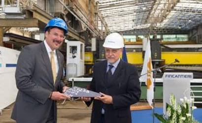 Seabourn Ovation begins to take shape with steel cutting ceremony
