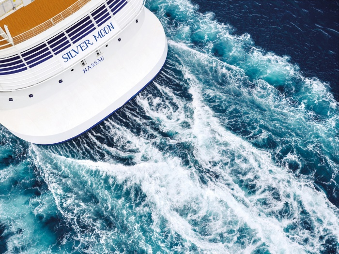 Royal Caribbean Group pushes back return into April