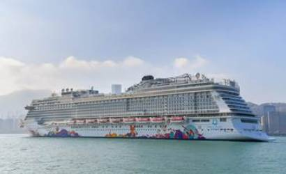 World Dream launches to Asian cruise guests