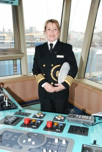 Cunard appoints the line's first female captain