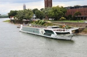 Tauck christens new MS Treasures riverboat in Germany