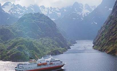 New Hurtigruten ship named MS Spitsbergen