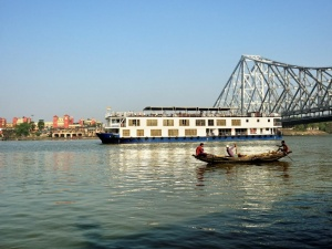 Ganges River Cruise with William Dalrymple - Steppes Travel & Ganges Voyager