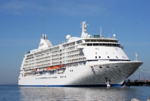 Stars to shine on Regent Seven Seas 2011 World Cruise