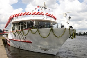 Viking River Cruises christens Viking Prestige