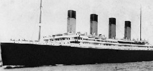 Titanic memorial cruise forced to turn back