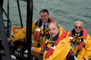 Voyages of Discovery pushes the boat out with donation to RNLI