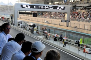 Hamilton fastest in first Abu Dhabi practice session
