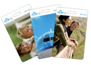 Airline offers free luggage (tags!)