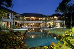 Avalon Private Villa, Better Than Opulent Hotels