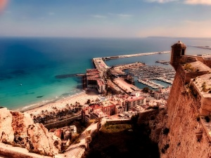 Why the Costa Blanca Remains So Popular