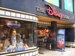 Walt Disney Co Hires Apple and Steve Jobs for Store Makeover