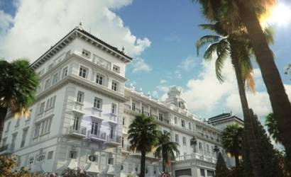 Bacall Associated signs with Gran Hotel Miramar, Malaga