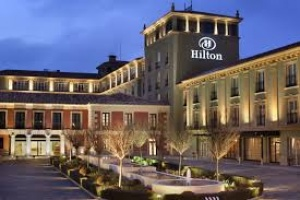 Hilton lake como set to welcome first guests in 2017 for What hotel chains does hilton own