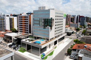 Holiday Inn Express Maceio Ponta Verde opens in Brazil