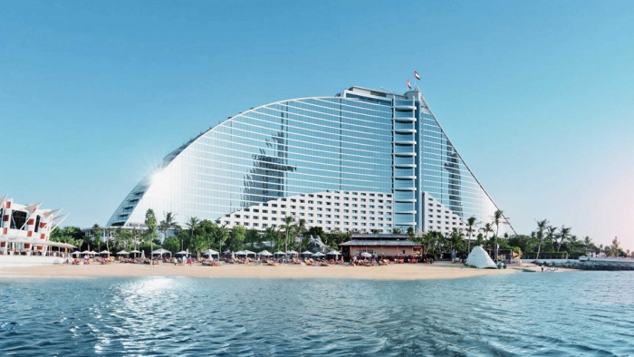 Jumeirah Beach Hotel to re-open in Dubai