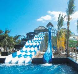 New Memories Splash Resort opens in Dominican Republic