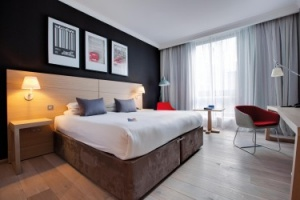Samsung and PureHD deliver in-eoom entertainment to Radisson Blu