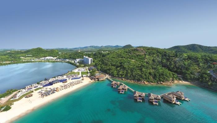 Royalton_Antigua_Resort__Spa_-_NS_2021-700x398.jpg