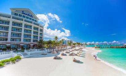 Bahamas closes borders to United States travellers
