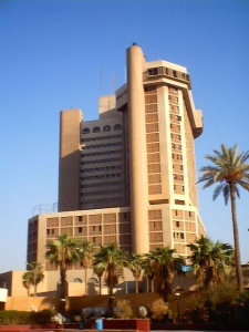 Bombers attack three Baghdad landmark hotels