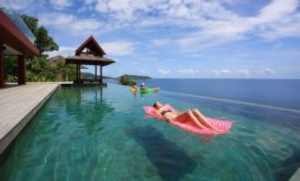 Villa Getaways: Attend Thailand New Year Festivities in Phuket