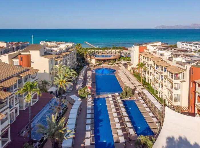 Zafiro Hotels launches in the Balearic Islands
