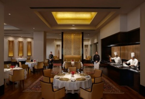 Twice Michelin starred chef Vineet Bhatia introduces menu to Ziya at The Oberoi, Mumbai
