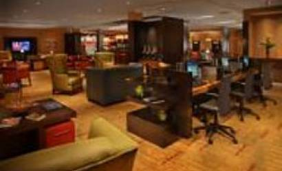 Courtyard by Marriott Celebrates 100th Hotel to Feature Refreshing Business Lobby