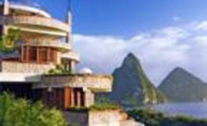 """The Bachelor"" at Jade Mountain In Saint Lucia"