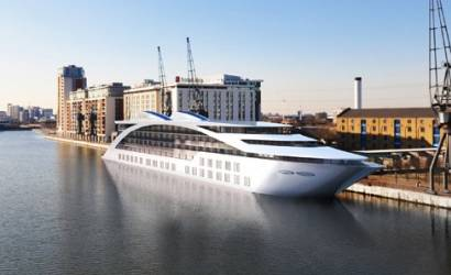 Sunborn London Super Yacht Hotel arrives into London