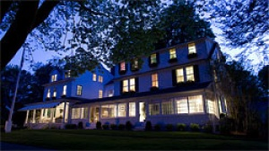 The Maidstone hotel in East Hampton, New York Re-opens for 2010 Season with Renovated Rooms