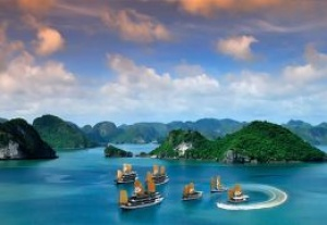 Bhaya launches Ha Long Bay cruise videos