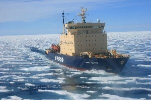 Quark expeditions makes arctic cruise history in 2011