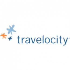 The Travelocity roaming gnome sightsees South Africa