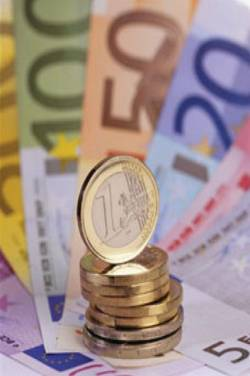 Average orders for holiday Euros rises 42% to £892