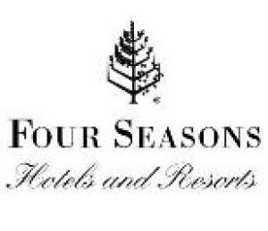Four Seasons Hotel Shanghai Participates in 10 Millions Trees Campaign