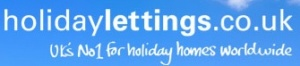 Holidaymakers' top 10 travelling essentials from holidaylettings.co.uk