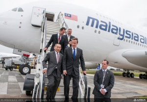 UK prime minister Cameron visits Malaysia Airlines A380 at Farnborough