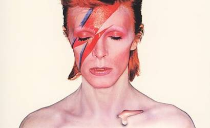 Radisson Blu Edwardian partners with Victoria & Albert Museum for Bowie exhibition