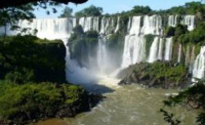 01Argentina Travel agency is offering new tours by Bus to the Iguazu Falls
