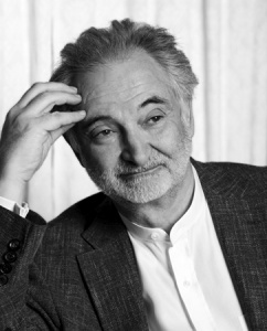 Jacques Attali to deliver keynote speech at IHIF 2013
